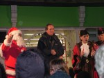 The mayor switches on the lights